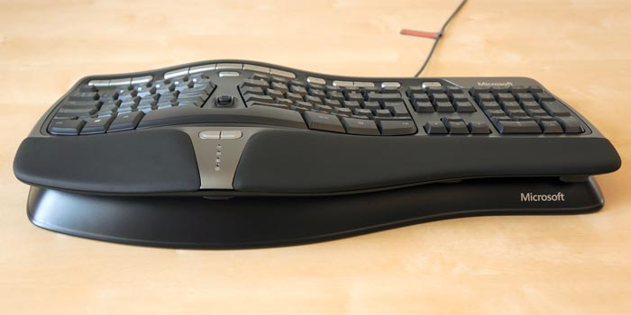 Keyboard with front stand