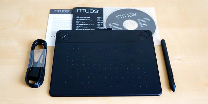 Intuos photo box contents