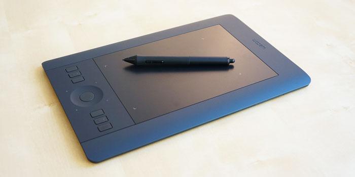 Wacom Intuos Pro Small Tablet PTH-451